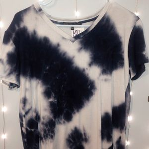 Blue and white tie-dye tee